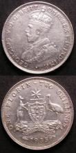 London Coins : A143 : Lot 851 : Australia Florins 1934 GVF (6 pearls show) and 1935 VF/GVF (8 pearls show)