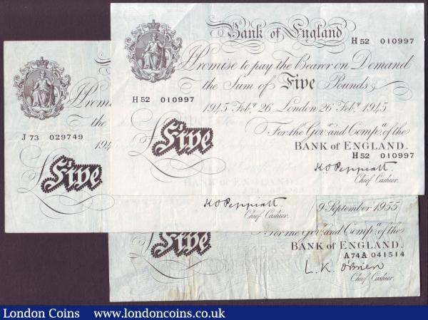 Five pounds Peppiatt white B255 (2) thick paper dated 26th February 1945 series H52 010997 about EF and 17th July 1945 series J73 029749 good Fine plus white O'Brien £5 1955 Fine : English Banknotes : Auction 146 : Lot 128