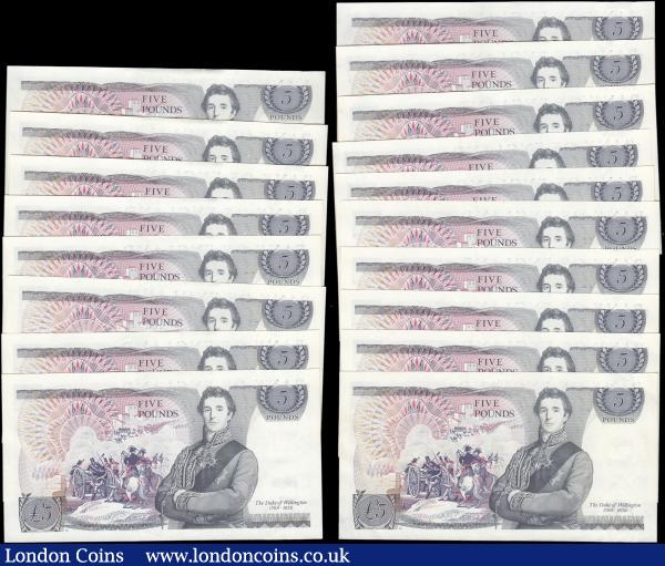 Five Pounds Page QE2 pictorial & The Duke of Wellington B334 L Reverse issues (18) all about UNC - UNC and in a near consecutive set serial numbers AY79 162351 to AY79 162370 missing only AY79 162354 & AY79 162353. : English Banknotes : Auction 166 : Lot 69