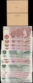 London Coins : A171 : Lot 25 : Bank of England Fforde, Hollom & O'Brien QE2 portrait & seated Britannia issues (21) in...